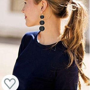 Black stylish earrings- new